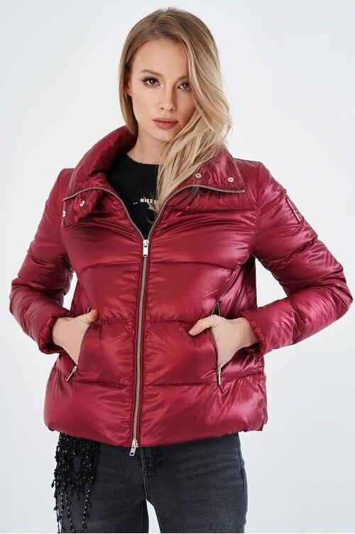Женская бордовая куртка-пуховик Bomboogie 4051